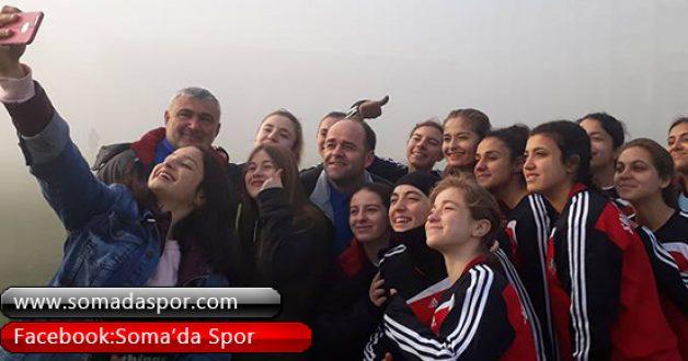 Yıldız Kızlardan Sonra Genç Kızlarda Grup Şampiyonu Oldu..