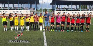 Zaferspor'lu Minik Kız Futbol Takımı Boş Durmuyor.