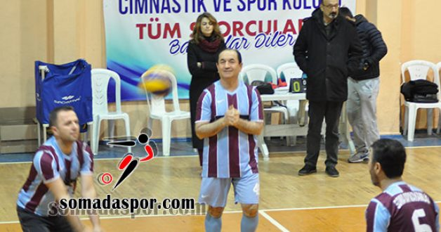 Soma Kaymakamlık Voleybol Turnuvası Başladı.