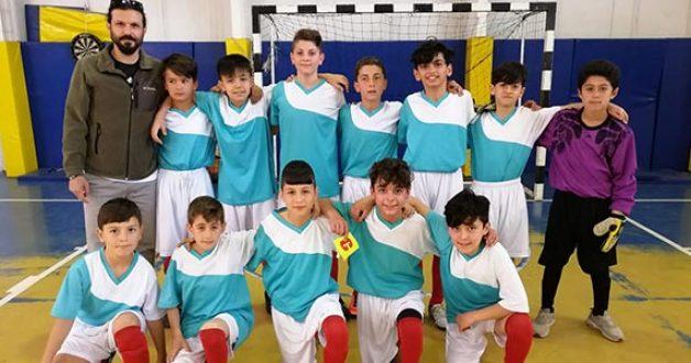 Futsalda Necip Fazıl Kısakürek ve Fikri Akay Orta Okulu Şampiyon Oldu.