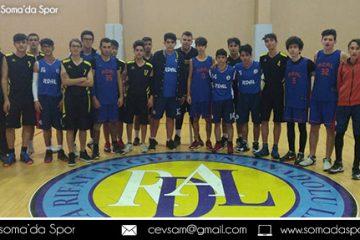 Soma Genç Erkekler Basketbol Turnuvası Devam Ediyor..