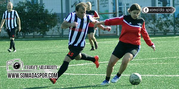 Zaferspor'lu Bayanlar ve Soma Masterler Hazırlık Maçı Oynadı