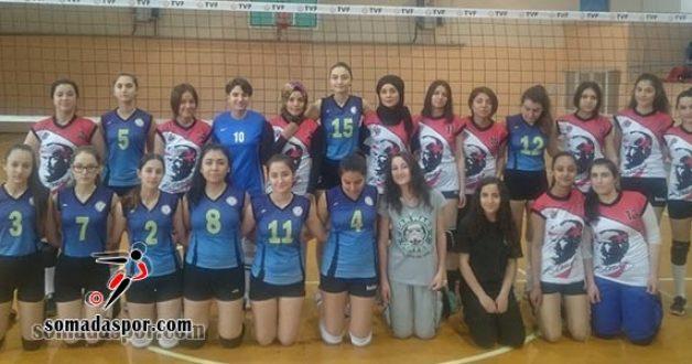 Genç Kızlar Voleybol Turnuvası Devam Ediyor..