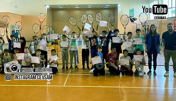 Soma Tenis Kulübüne İlgi Fazla