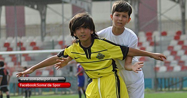 2006 Doğumlu Futbolculardan Seçme Yapılacak.